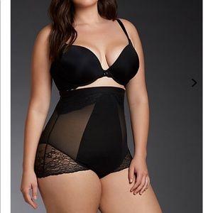 aa8dbcd6dbb00 SPANX Intimates   Sleepwear - NWT Torrid Spanx shapewear 2x